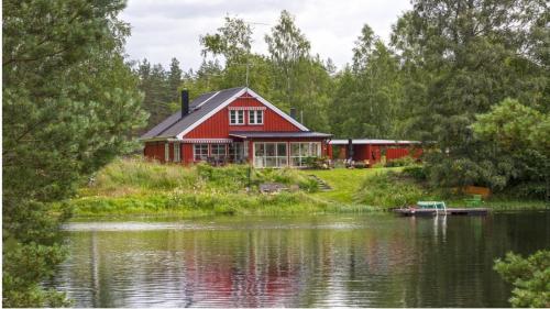 Ferienhaus rot in Mittelschweden